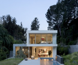 Wonderful House Embedded in a Hillside in Beverly Hills