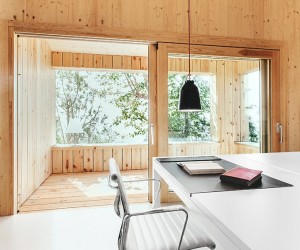 Wood Studio House by Dom Arquitectura