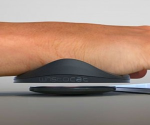 Wristocat: Wrist Support For The Desktop