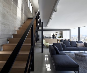 Y Duplex Penthouse by Pitsou Kedem Architects