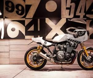 Yamaha XJR1300 Eau Rouge by Deus Ex Machina Italy