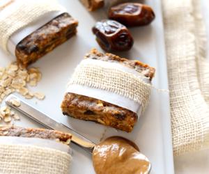Youll Love These Easy and Affordable Recipes for DIY Protein Bars