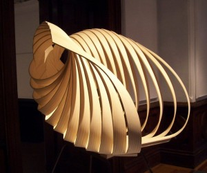 Yumi: A Uniquely Curvy Chair