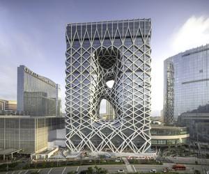 Zaha Hadid Completes Morpheus Hotel in Macau