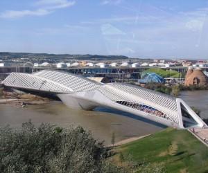 Zaragoza Bridge Pavilion | Zaha Hadid Architects